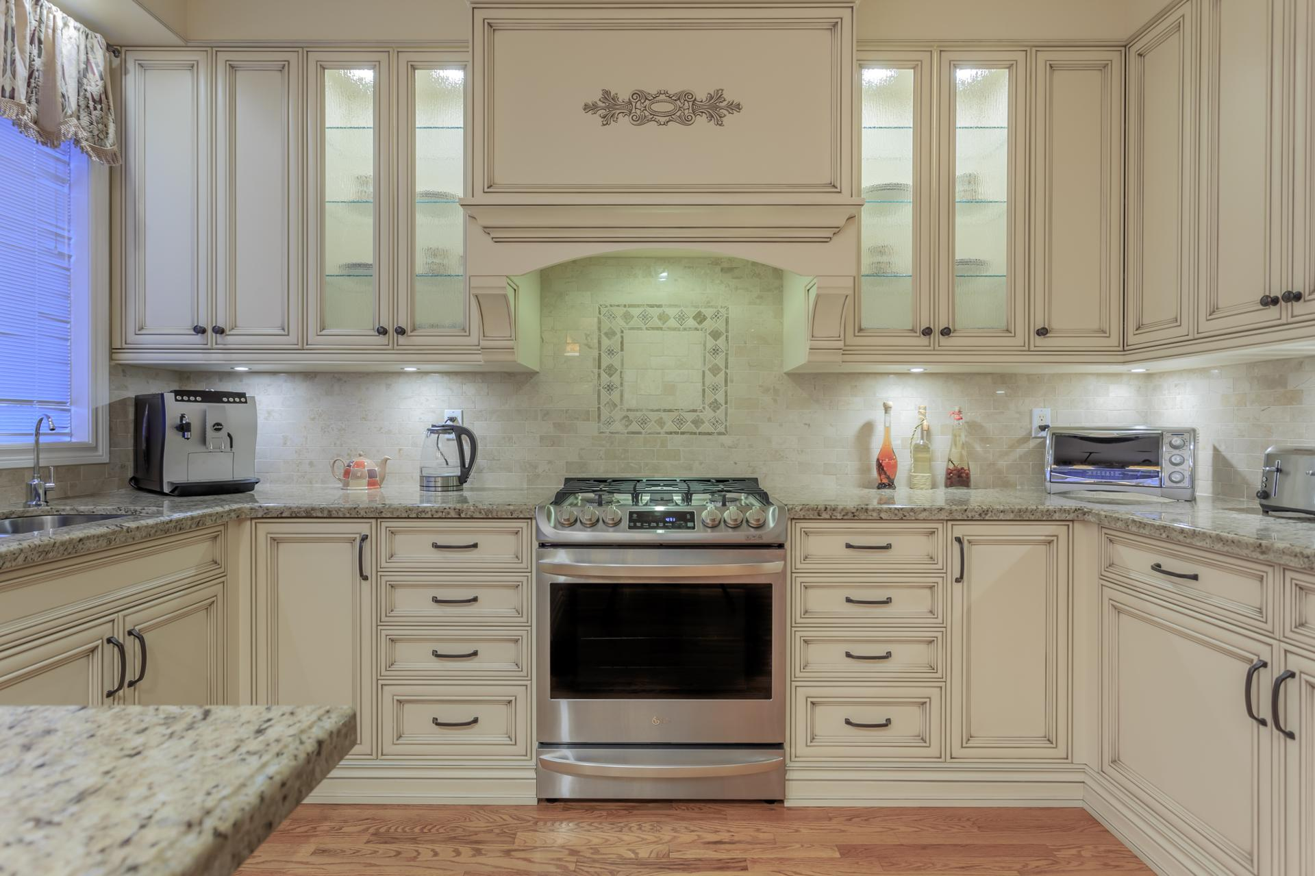 Custom traditional kitchen 1