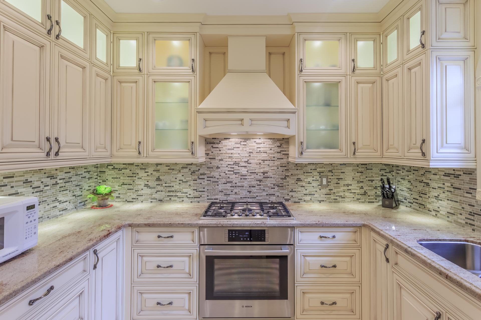 Custom traditional kitchen 5