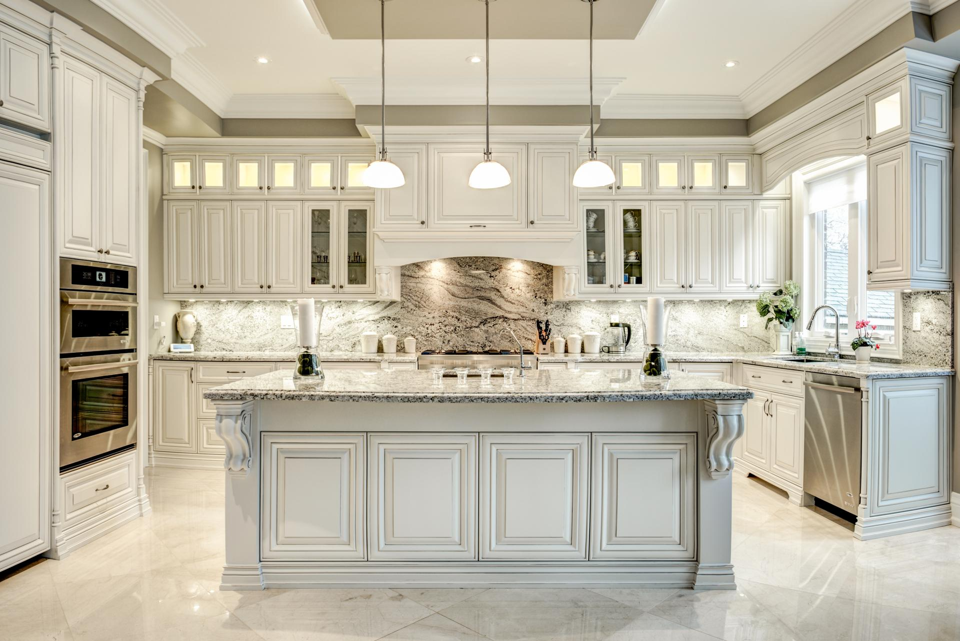 Custom traditional kitchen 8