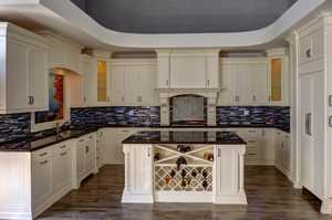 Traditional Kitchens-12